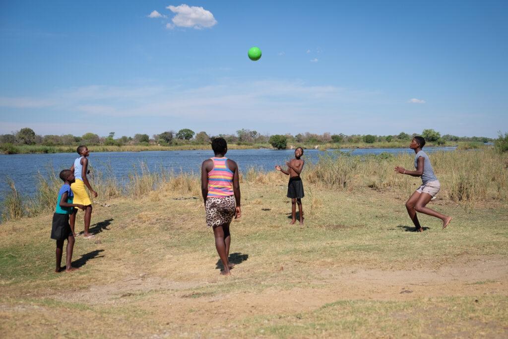 Au bord de l'Okavango