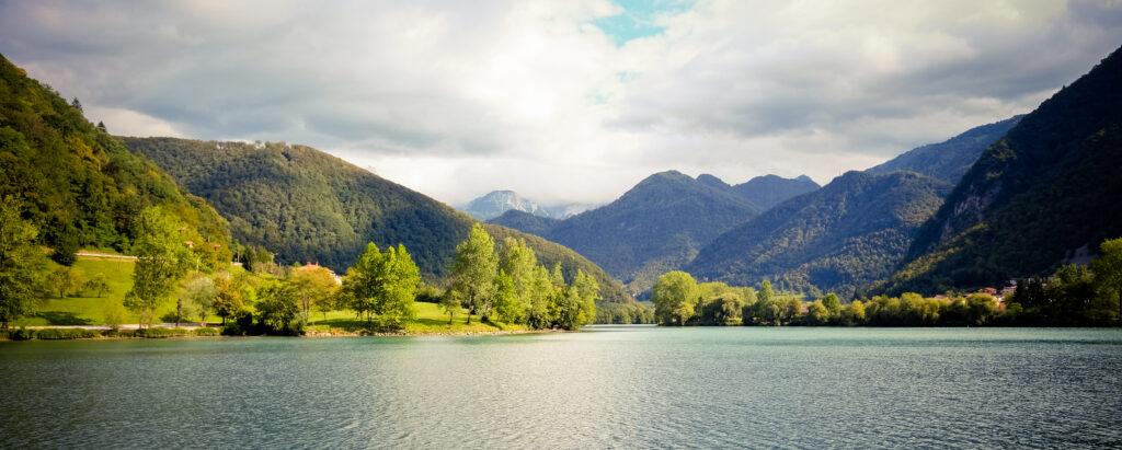 Lac de Most Na Soci, Slovénie